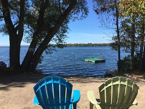 4 bedroom cottage for rent on Rice Lake