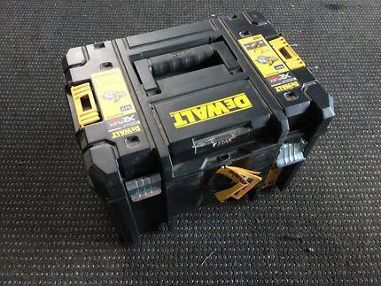Dewalt flexvolt power saw stack box
