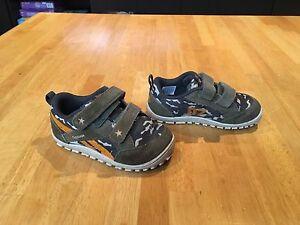Reebok sneakers-boys size 6.5