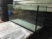4ft x 2ft x 1.5ft Fish Tank / Aquarium and Light East Victoria Park Victoria Park Area Preview