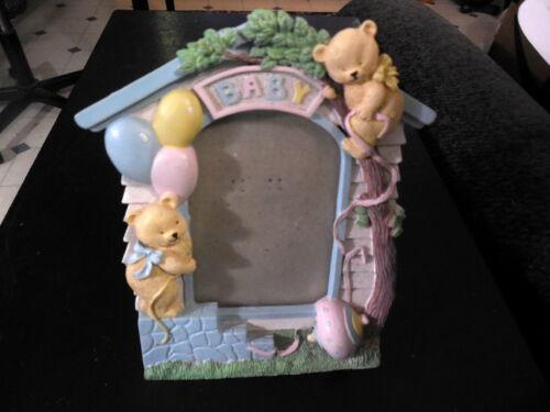 Vintage 3 D Baby  Picture Frame
