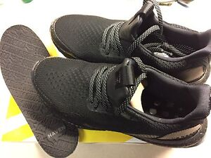 HAVEN ultra boost size 8