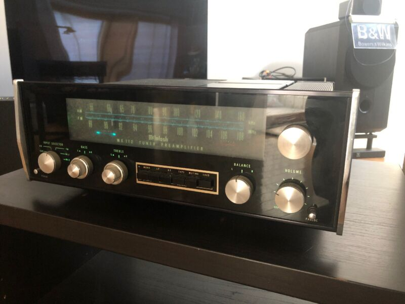 MCINTOSH MX 112  PREAMP & TUNER -AM AND FM