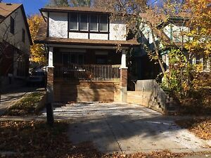 3-bdrm home in desirable area Feb 1