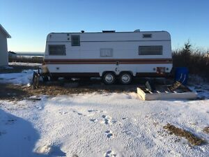 26 ft Golden Falcon trailer for sale