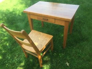 Compact solid oak desk and chair - Made in Ontario