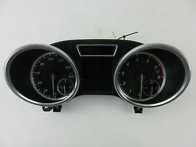 Mercedes Benz ML Klasse ML350 Tachometer Kraftstoff mph W/O Adaptive Crulse 2012