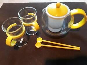 Bodum teapot/press and glasses Hawker Belconnen Area Preview