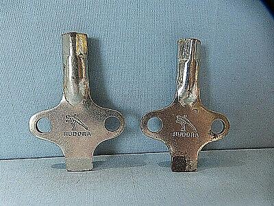 Hudora Schlüssel für Gleitschuhe Schlittschuhe  60er Jahre  2 Stück