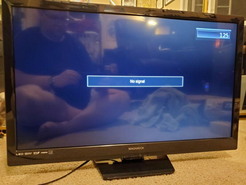 "Philips Magnavox 32ME303V 32"" 720p LED TV"