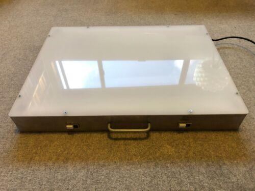 "Gagne Porta-Trace Light Box 1824 18"" x 24"" LED Bulbs"