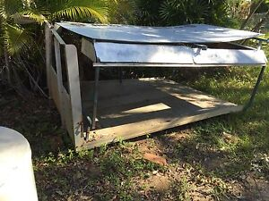 Alloy tray with sides and canopy Morayfield Caboolture Area Preview
