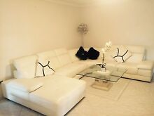 White Leather Lounge - near new Kinross Joondalup Area Preview