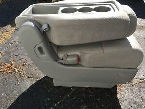 Honda Odyssey console and mats new