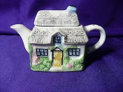 Miniature Teapot Cottage House Art Pottery Irish Thatched Roof Ceramic EUC