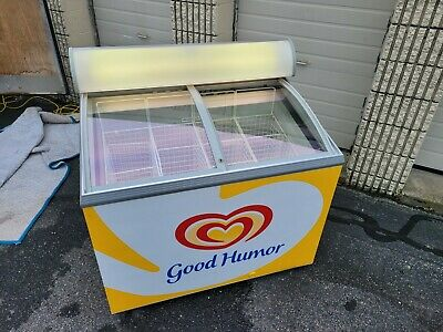1998 Carvel Ice Cream Freezer With Light