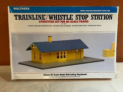 HO SCALE WALTHERS.TRAINLINE/WHISTLE STOP STATION. NEW. 931-800.