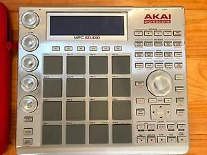 Akai Pro MPC Studio with Software Beaconsfield Fremantle Area Preview