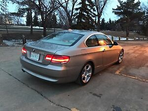 2007 BMW 328i Coupe (LOW KMs)