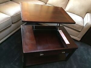 For Sale: Coffee table with 2 end tables Kawartha Lakes Peterborough Area image 2