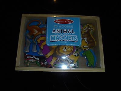 (NEW MELISSA & DOUG  20 WOODEN ANIMAL MAGNETS IN BOX)