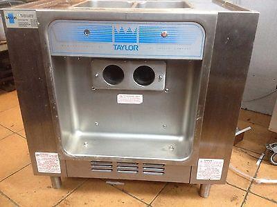 TAYLOR 162-40 TWIN ICE CREAM MACHINE