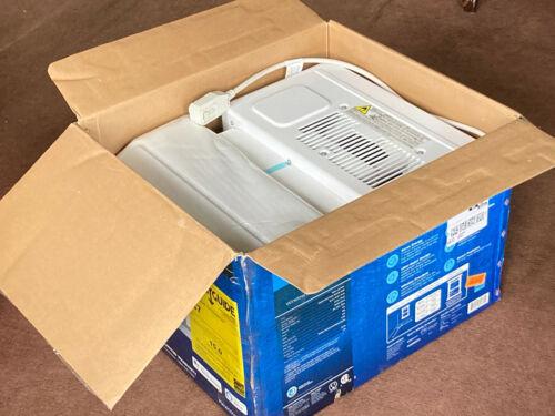 Midea U Inverter 10,000 BTU Air Condtioner - In Original Packaging!