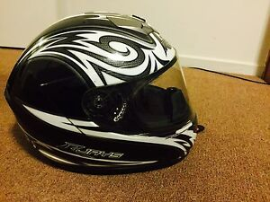 ** RJays helmet -L - perfect condition ** Ormond Glen Eira Area Preview