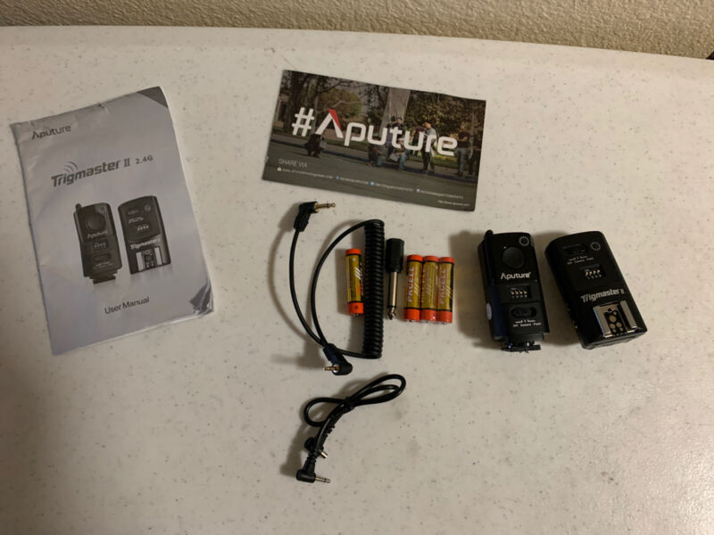 Aputure Trigmaster Plus II 2.4G  Transmitter And Receiver