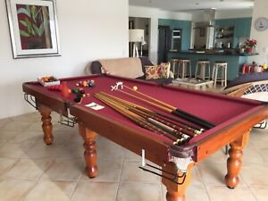 Pool Table 8x4ft slate base solid timber, numerous accessories