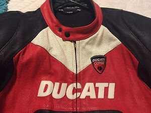 Ducati dainese sport bike jacket- size 52-$600 Cambridge Kitchener Area image 5