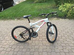 "CCM Alpine 24"" Vélo montagne / Mountain bike"