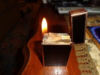 S.T. Dupont Black Chinese Lacquer Laque de Chine Lighter Used Excellent Working Black Chinese Lacquer Lighter