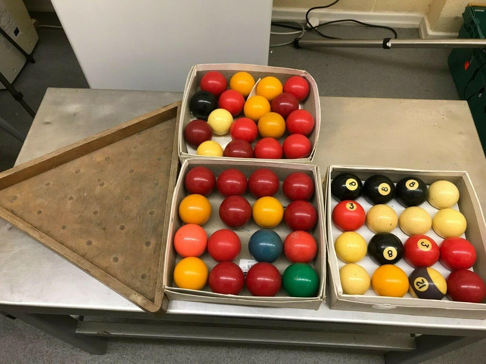 JOB LOT SNOOKER/BILLIARD BALLS X 49 AND TRAY