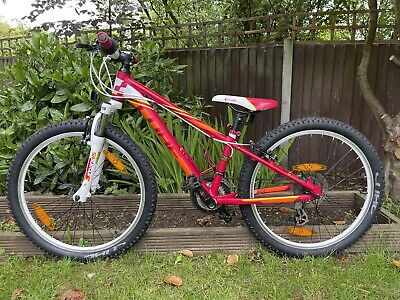 """cube kid 240 24"""" Girls Mountain Bike In Berry And White"""