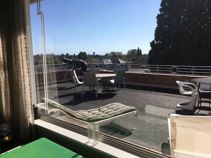 Rooms with Bay Views in Caulfield North