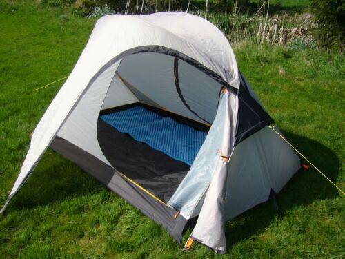 2 Person Backpacking Tent - Lightweight 2 Man Tent - 3 Season Tent - GREY 2.67kg