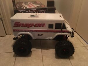 Snap on truck! Need gone!!