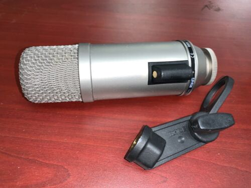 RODE BROADCASTER Condenser Microphone with Mic Clip