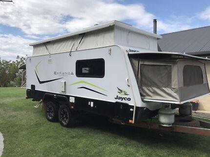 Expanda caravan