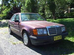 1988 Mercedes-Benz 230 Sedan Point Clare Gosford Area Preview