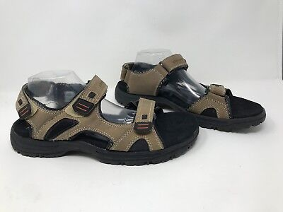 New! Men's Denali NM0443J Terrain III River Sandals Brown/Black R22 ()