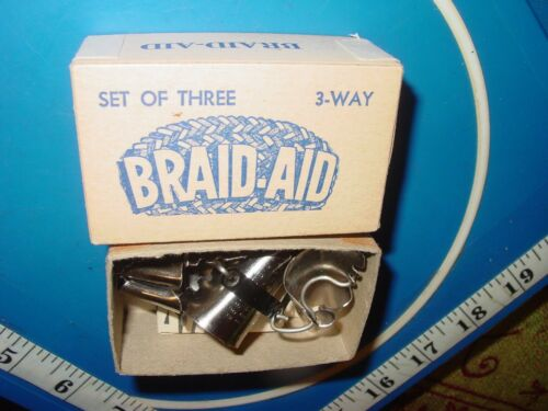 VINTAGE SET OF 3 BRAID-AID RUG CONES WITH INSTRUCTION  KINGSTON, MASS. USA