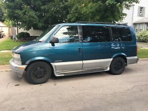 2000 Chev Astro Van