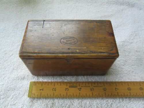 Oak Singer (?) Sewing Machine Accessory Box - Full - Patent 2/19/1889 - Unfolds!