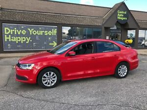 2014 Volkswagen Jetta Comfortline/ SUNROOF / HEATED SEATS/ ALLOY