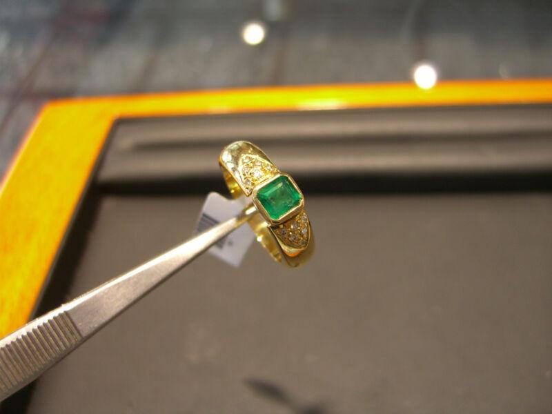 Fine Womens 18 Karat Yellow Gold Diamond And Emerald Ring New Size 8.0 Wow!!!