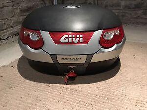 Top case Givi E55 Monokey