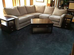 For Sale: Coffee table with 2 end tables