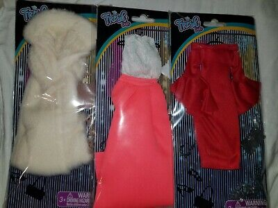 BARBIE DOLL CLOTHES BRIGHT RED SUEDE GENUINE LEATHER PLAIN SMALL BELT